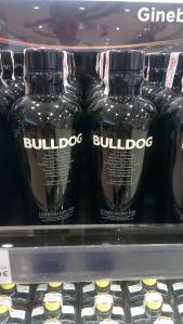 Bulldog Gin in einer markanten Flasche
